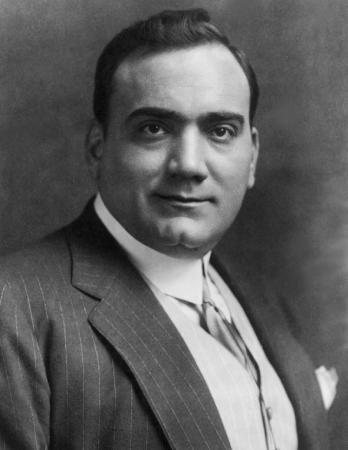 Σαν σήμερα… 18 Μαρτίου 1902, ο Ιταλός τενόρος Ενρίκο Καρούζο, γίνεται  πρώτος καλλιτέχνης που η φωνή του αποτυπώνεται σε δίσκο γραμμοφώνου.