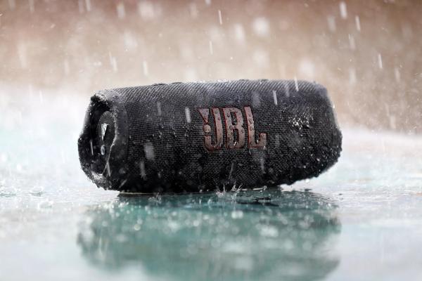 JBL Charge 5.  Nέο, πανίσχυρο Bluetooth Ηχείο.