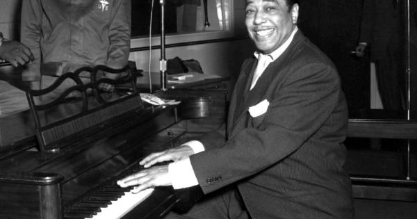 Σαν σήμερα… 29 Απριλίου 1899, γεννήθηκε ο Ντιουκ Έλινγκτον, αμερικανός συνθέτης και πιανίστας της Jazz.