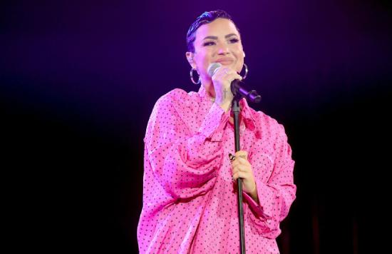 Η Demi Lovato κυκλοφορεί την Deluxe Edition του «Dancing With the Devil»