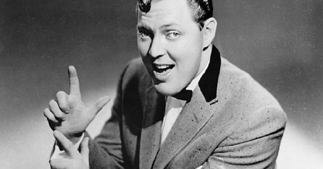"""Σαν σήμερα… 6 Ιουλίου 1925, γεννήθηκε ο Μπιλ Χάλεϊ, ο αμερικανός ρόκερ (""""Rock Around Clock"""")"""